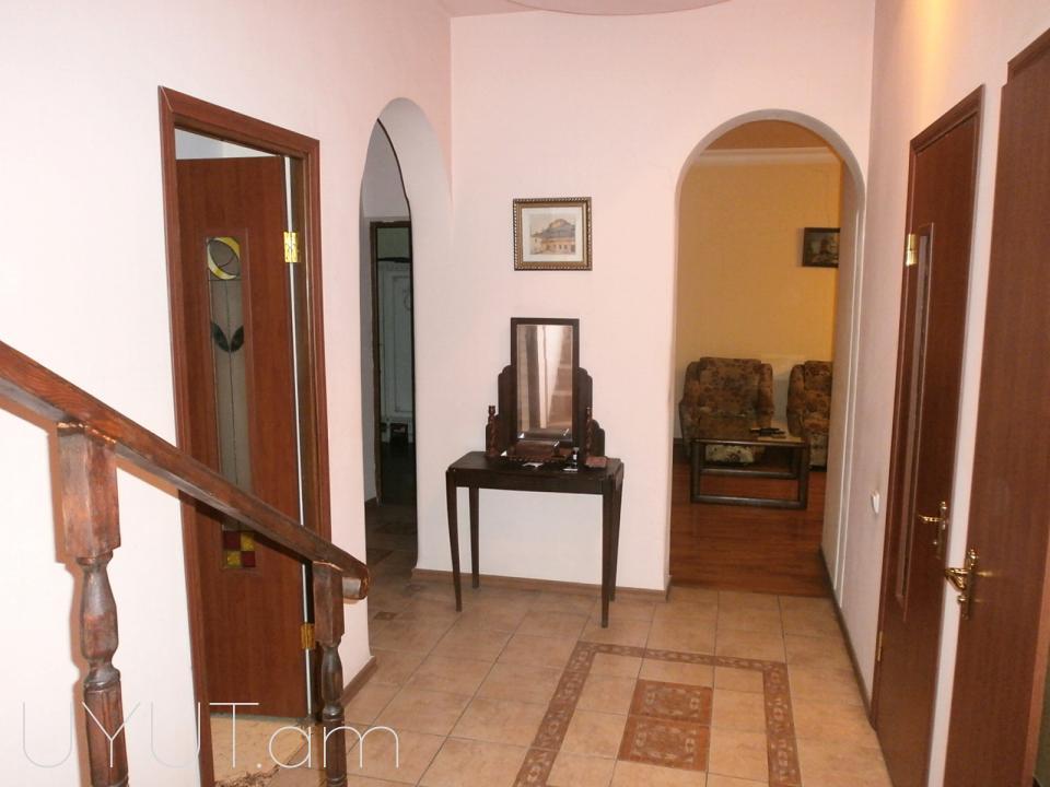 Մաշտոցի պողոտա (Կինո Նաիրի) 3 սենյակ կոդ 3111