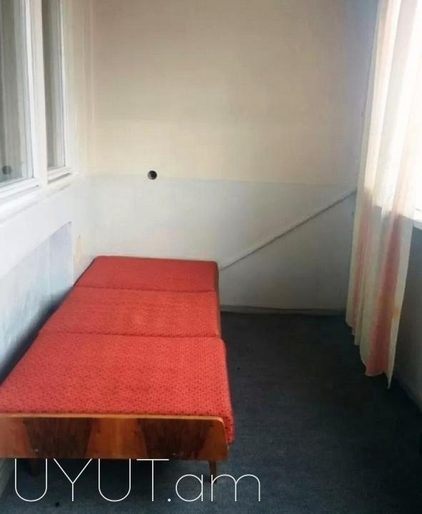 Վարձով 2-3 սենյակ Խորենացու փողոցում Ոսկու շուկա հատված