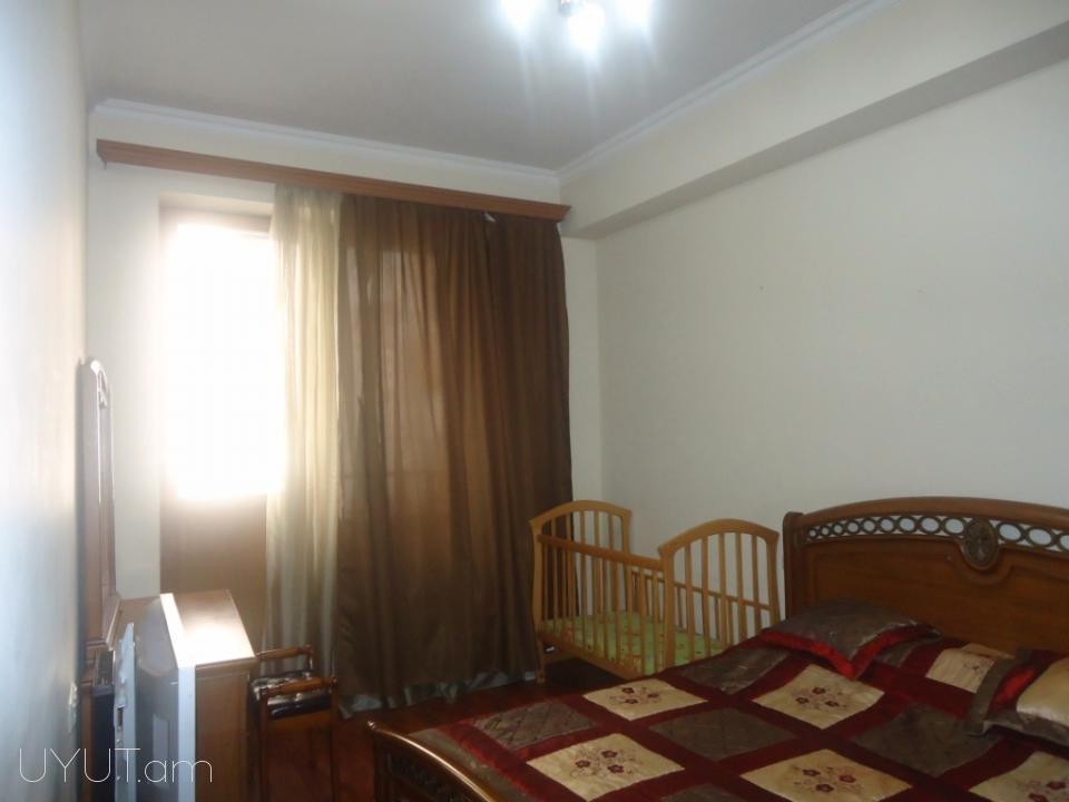 Հյուսիսային պողոտա 3 սենյականոց օրավարձով բնակարան 2-հարկ