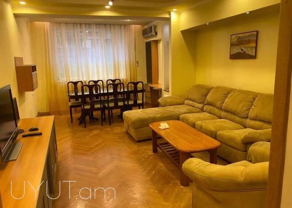 3 սենյականոց բնակարան Կողբացու փողոցում, Կենտրոն, 86մք
