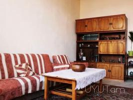 3 սենյականոց բնակարան Բաղրամյան Պռոշյան խաչմերուկի մոտ, կենտրոն, 75մք, 2րդ հարկ