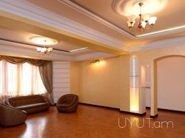 4 սենյականոց վարձով գեղեցիկ բնակարան Թումանյան փողոցում, կենտրոն, 2րդ հարկ