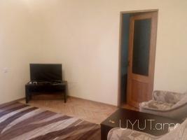 2 սենյականոց վարձով բնակարան Սայաթ-Նովա պողոտայում, Ալեք Մանուկյան խաչմերուկ, Կենտրոն, 1ին հարկ