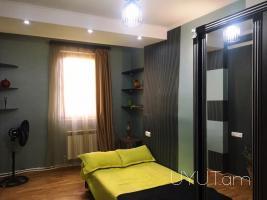 3 սենյականոց օրավարձով բնակարան, Սայաթ-Նովա պողոտա, 6րդ հարկ