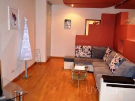 Բնակարան Աբովյան փողոցում, 2 սենյակը ձևափոխված 3-ի, վարձ. 2րդ հարկ