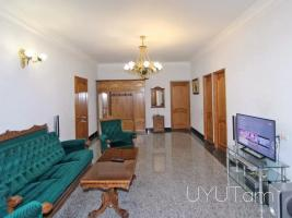 3 սենյականոց վարձով բնակարան Նալբանդյան փողոցում, Հրապարակի մոտ, 2րդ հարկ