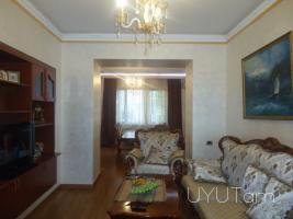 3 սենյականոց վարձով բնակարան Թումանյան Ալավերդյան խաչմերուկում, կենտրոն, 2րդ հարկ