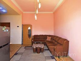 Օրավարձով 2 սենյականոց բնակարան կենտրոնում, Աբովյան Մոսկովյան խաչմերուկ, 4րդ հարկ