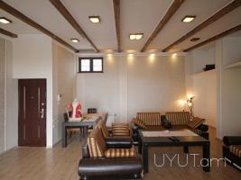 Բնակարան Մաշտոցի պողոտայում, 2 սենյակ, վարձ և օրավարձ