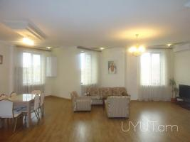 Պարոնյան փ. 2 սենյականոց վարձով բնակարան, կենտրոն, նորակառույց