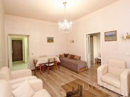 2 սենյականոց վարձով բնակարան Արամ Սարյան փողոցների խաչմերուկում, կենտրոն
