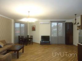 Պարոնյան փողոց, 3 սենյականոց վարձով բնակարան, նորակառույց, մեծ կենտրոն