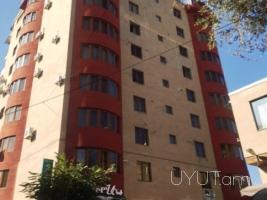 2 սենյականոց վարձով բնակարան կենտրոնում Վարդանանց փողոցում