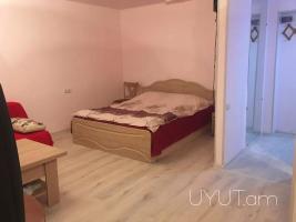 Նար-Դոս փողոցում Տ. Մեծ խաչմերուկից քիչ հեռու, 1 սենյականոց բնակարան, 30մք