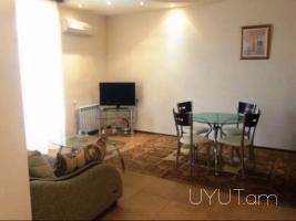 1 (ձևափոխած 2-ի) սենյականոց վարձով բնակարան Ալեք Մանուկյանի փողոցում